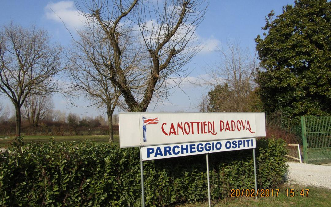 Passeggiata con meta Canottieri Padova